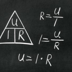 Stromstärke & Spannung berechnen