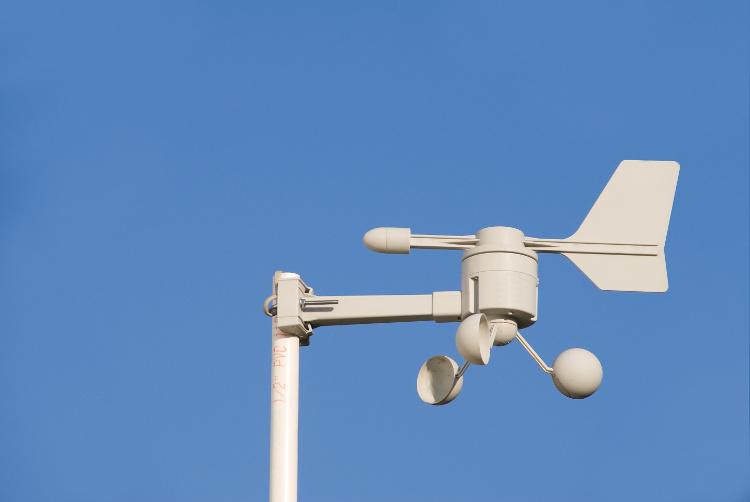 Wetterstation für zu Hause - Die Aufstellung des Windmessers gestaltet sich oft schwierig