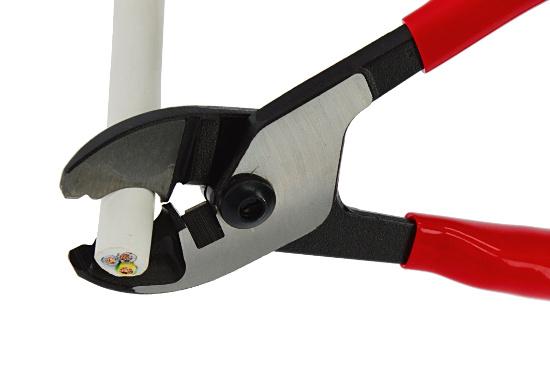 Kabelbruch reparieren und aufspüren - Zunächst wird das Kabel getrennt